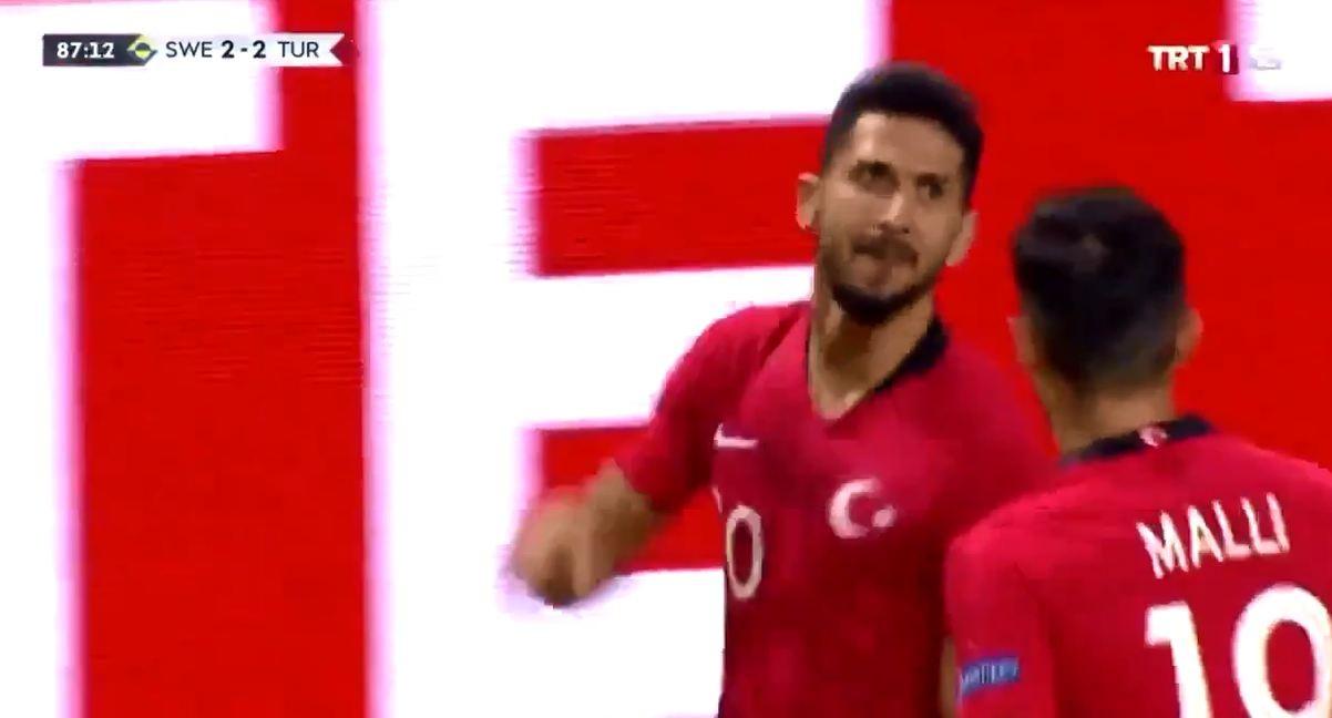 Emre Akbaba'dan 2 muhteşem gol Milli Takım'ı 90+2'de ipten aldı