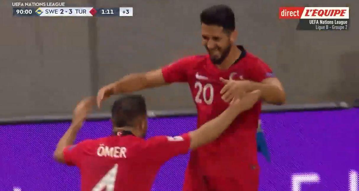 Fransız spikerin mikrofonundan Emre Akbaba'nın son dakika golü
