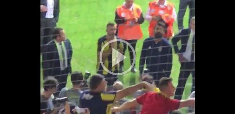 Fenerliler Volkan Demirel ve Mehmet Topal'ın yüzüne küfür etti...
